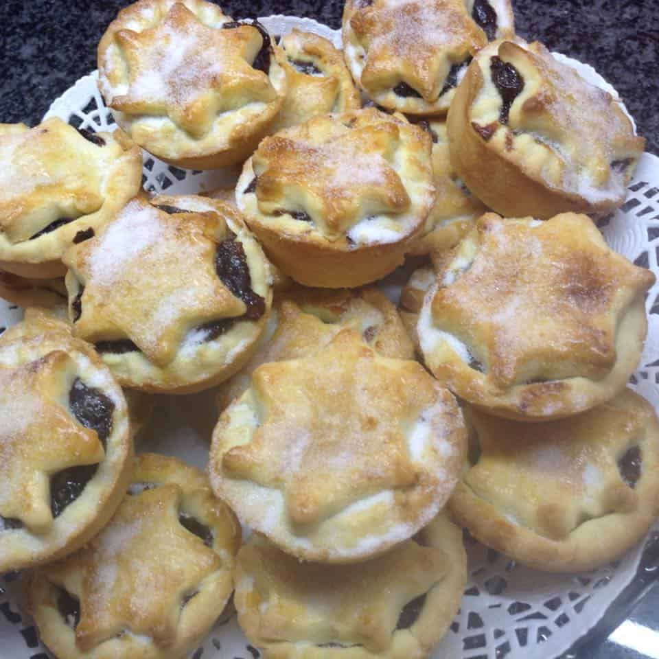ANGELA DAY'S XMAS MINCE PIES