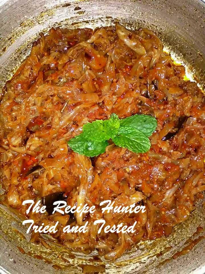 TRH Crushed chilli cabbage and Garlic roti1