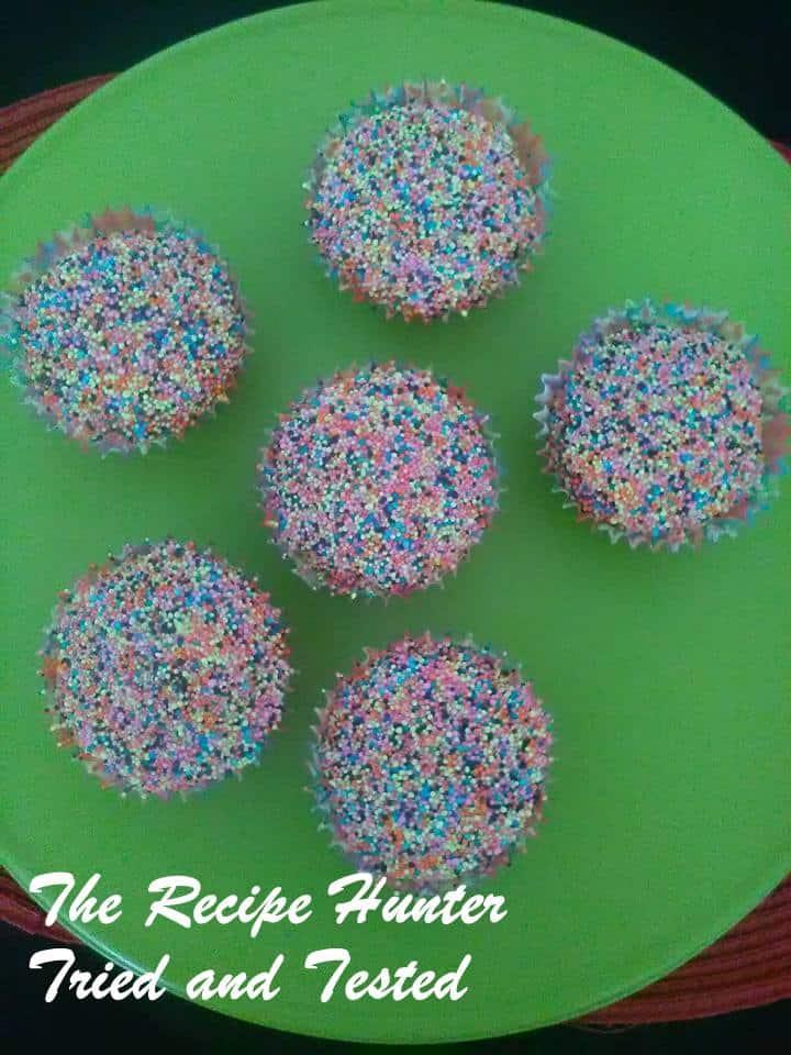 TRH Vanilla cupcakes1