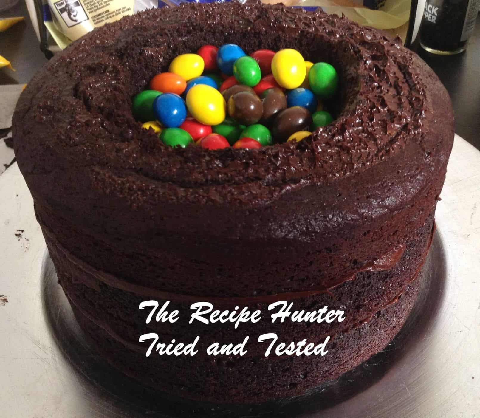 TRH Bobby's Eggless Chocolate surprise cake4
