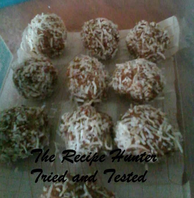 TRH Sadsac's Coconut and Date Balls