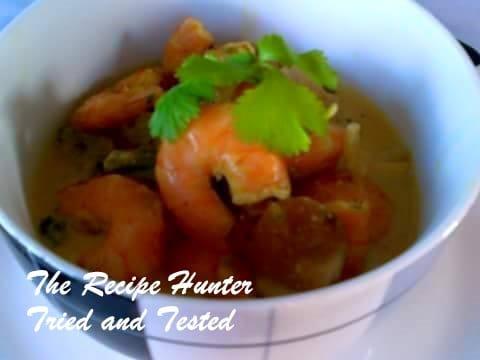 TRH Nazley's prawn chuncky veg curry stew in a creamy coconut sauce