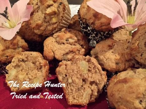 TRH Es's Chunky Banana Walnut Muffins