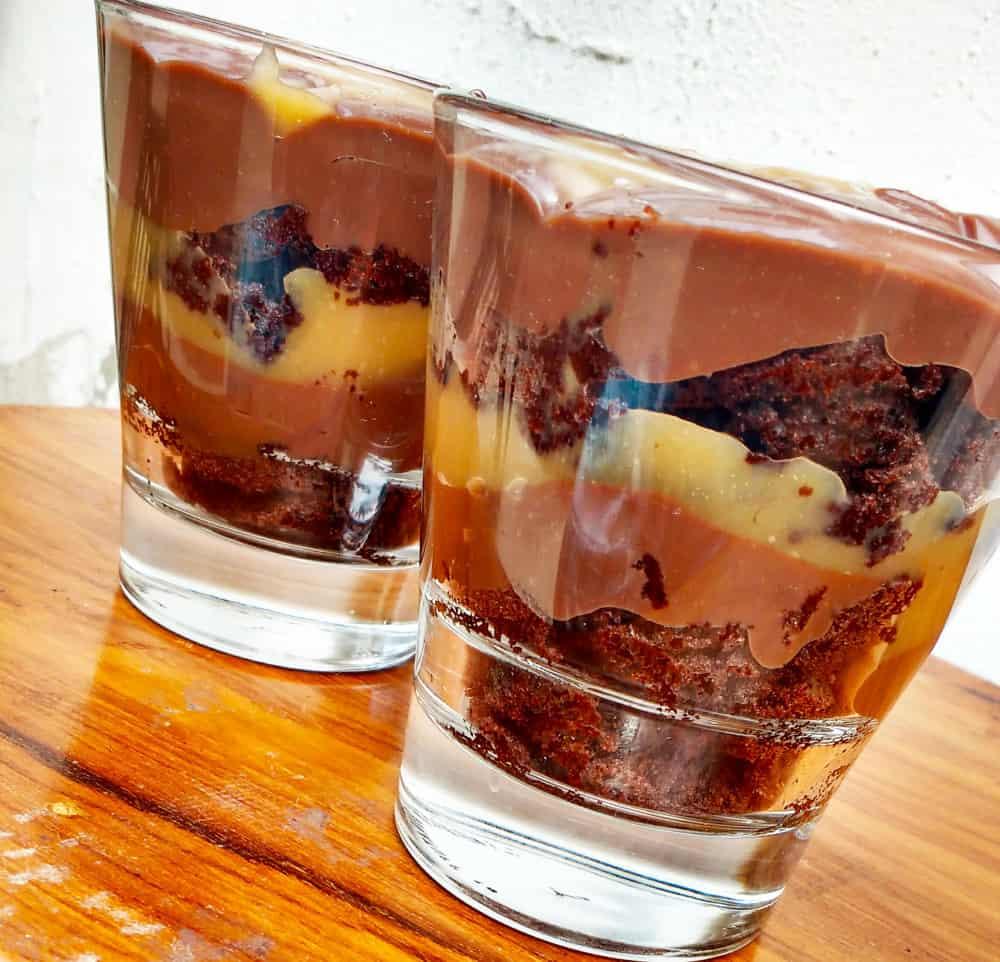salted-caramel-death-by-chocolate-jar-cake