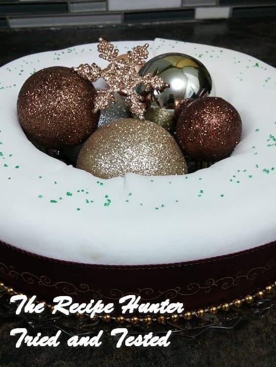 trh-corleas-christmas-cake