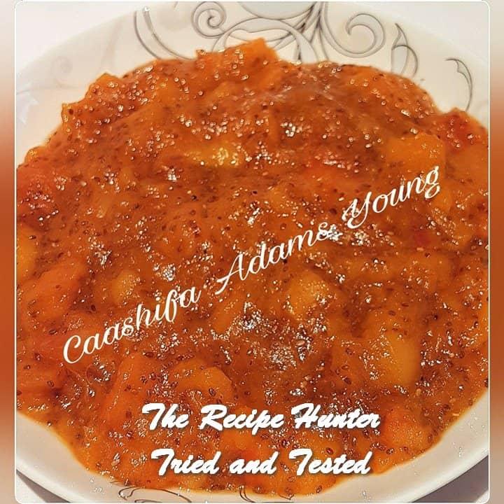 Caashifa's Sugar-free Nectarine and Chia Jam