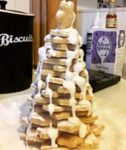 shortbread-christmas-tree