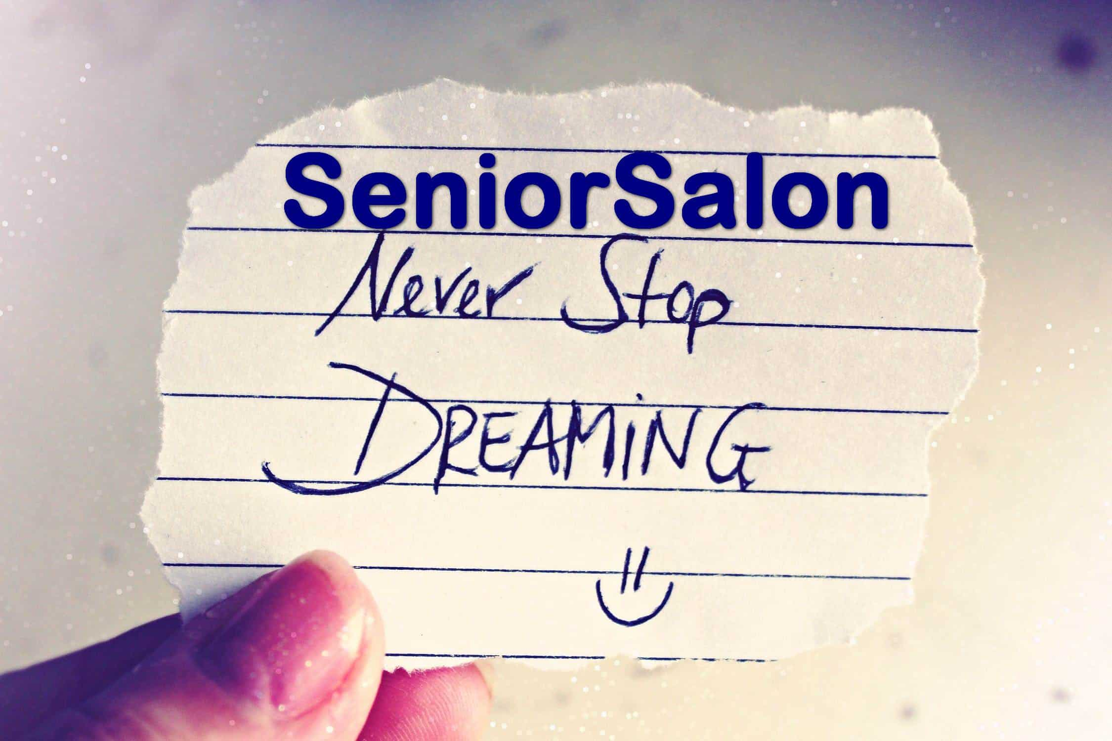 Handwritten Note Saying Never stop Dreaming